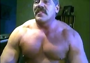 Muscle Daddy Chest Worship