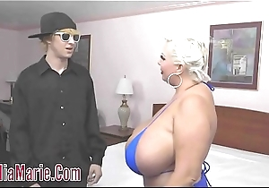 Obese Tit Claudia Marie Convincing Outlander Teenager