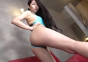 Mana Iwasaki High-leg swimsuit lime green (part2) legs-fetish puss video no sensible solo
