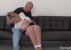 Unfaithful english milf gill ellis shows the brush huge breasts