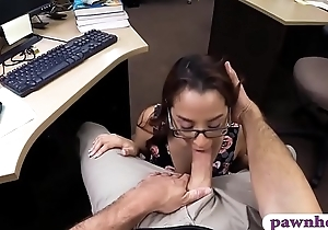 Slim babe with glasses gets pussy banged by pawn preserver